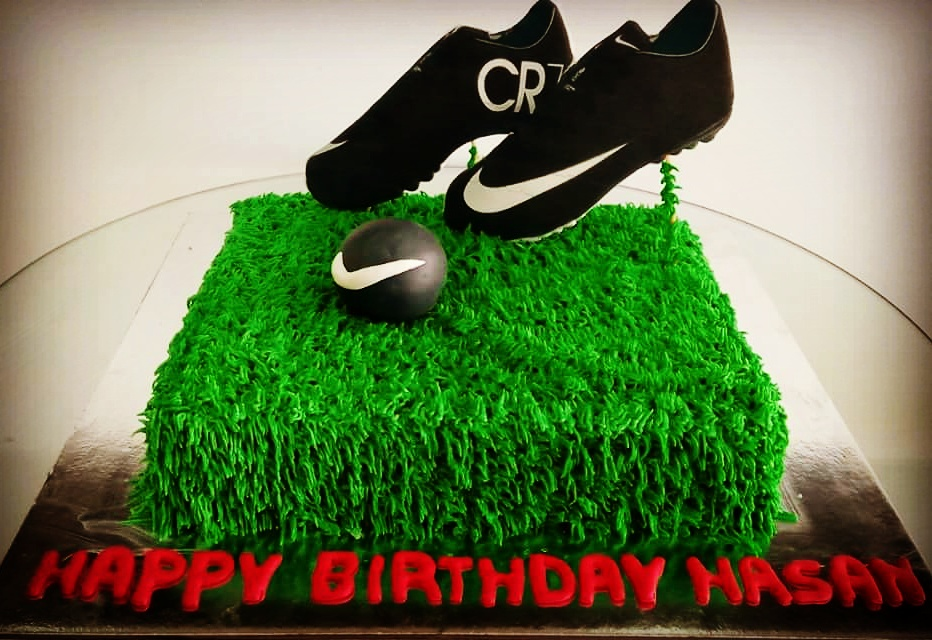Football Cake, soccer cake, shoe cake